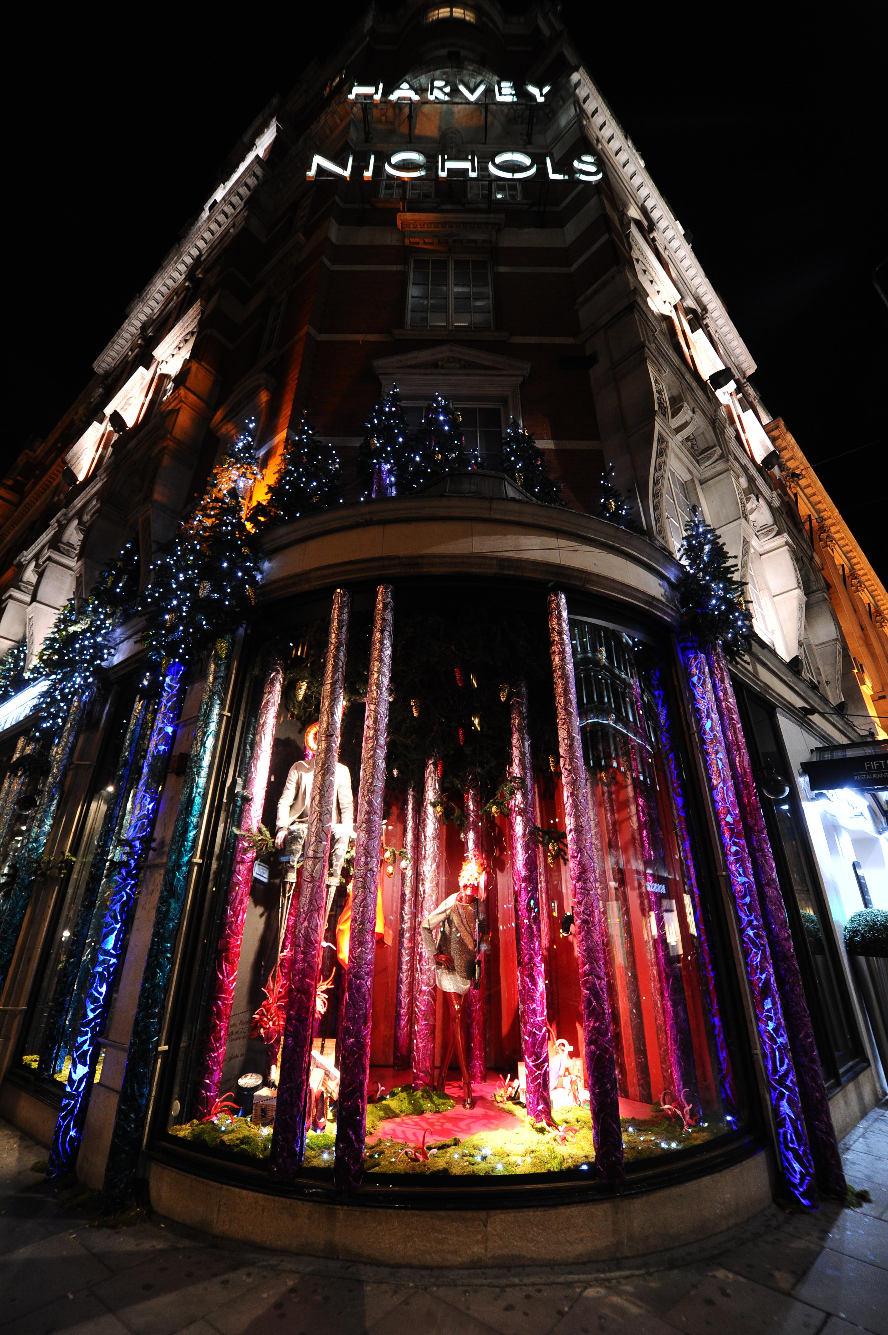 Window Cleaners In Leeds >> Harvey Nichols chooses Flexistems from Hewitt & Booth for prestigious Christmas window display ...